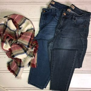 TWO PAIR Blue Spice Skinny Jeans